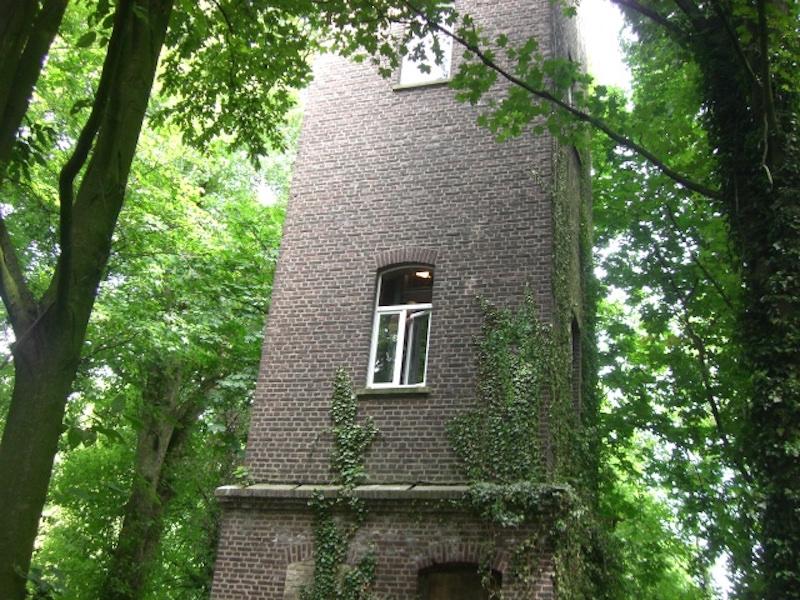 Turm renoviert