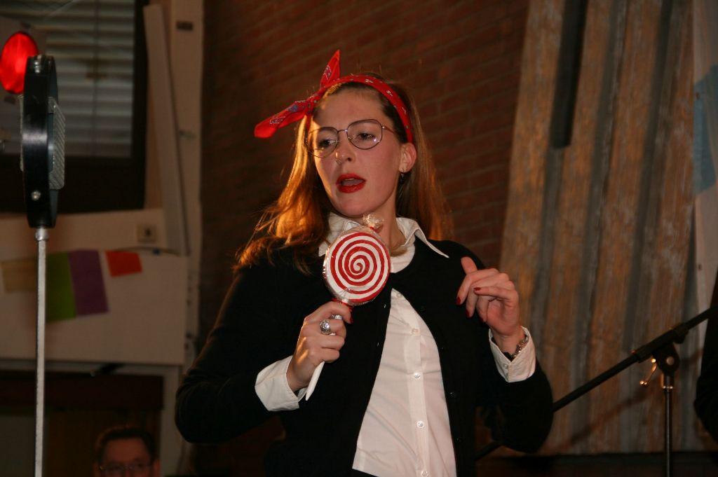2015-10-31 23.24.36 Maggi May My boy lollipop